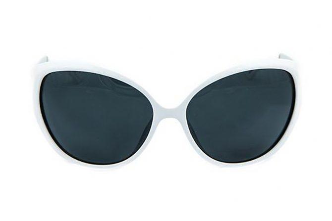 Balti klasikiniai saulės akiniai