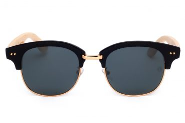 Juodi saulės akiniai su auksiniais metaliukais