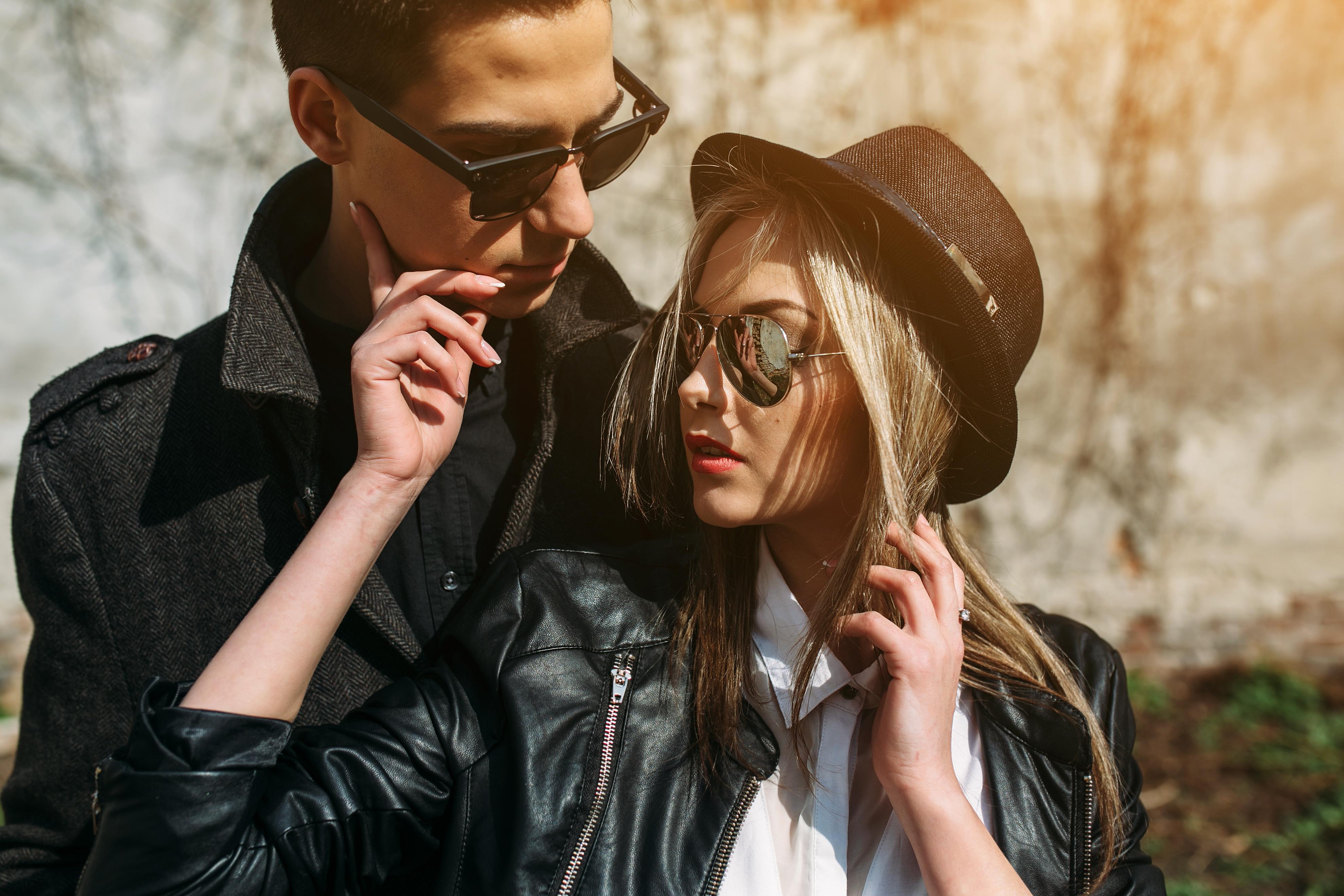 Moteriški akiniai, vyriški akiniai nuo saulės
